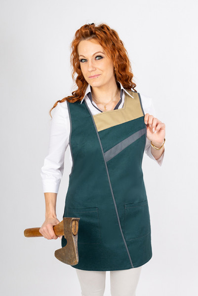Throwover apron Marietta_Forest Edition in the basic color Forest (28), set off with matching colors!