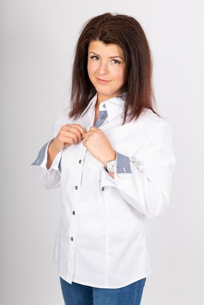 Damenbluse Karo von Enrico Wieland Berufsbekleidung mit karierten Elementen