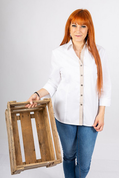 Performance women's blouse Raja_Pattern Edition with chic front trim in checkered elements!